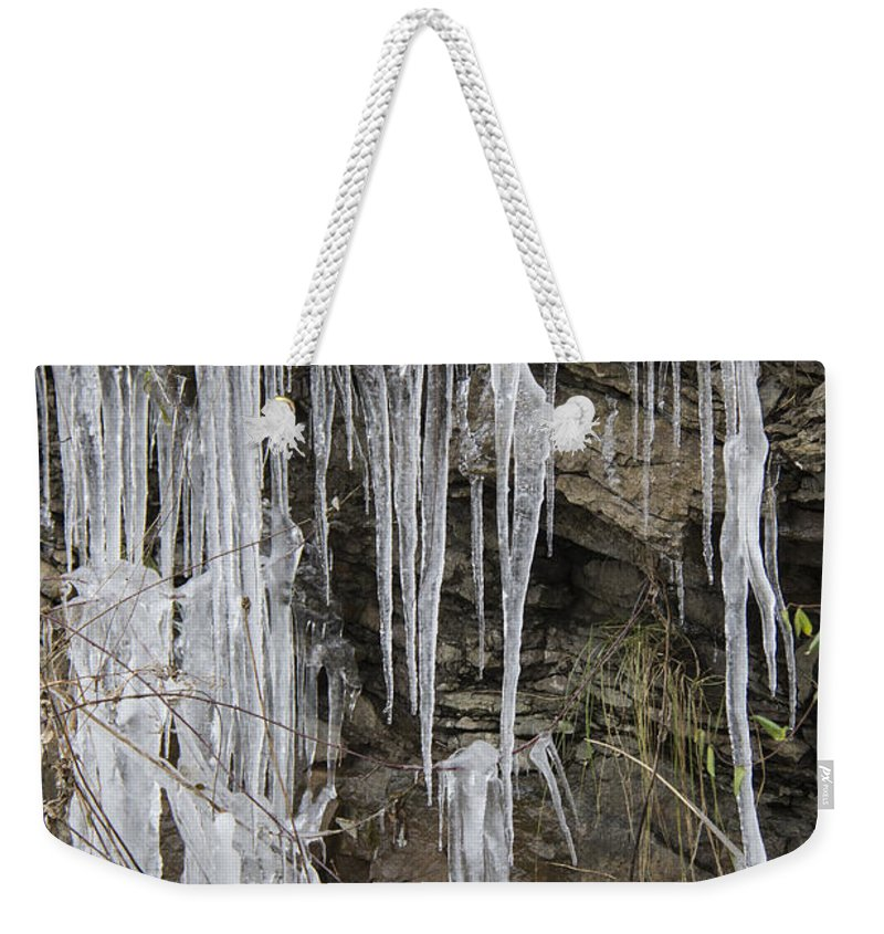 Eagle Rock Weekender Tote Bag featuring the photograph Eagle Rock Icicles by Teresa Mucha