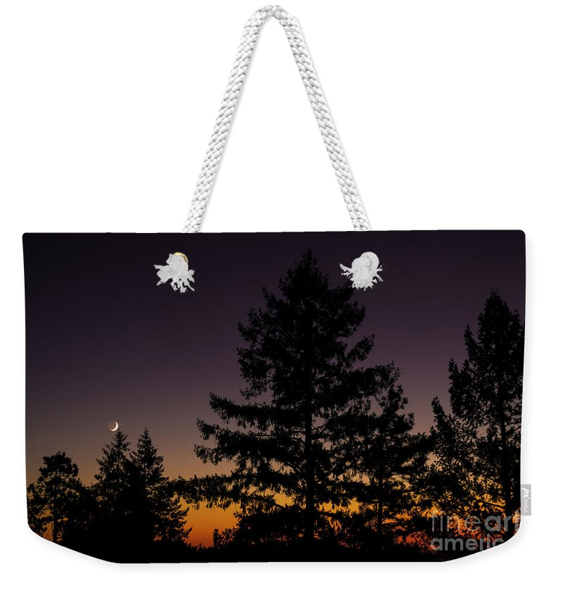 Solar Eclipse Weekender Tote Bag featuring the photograph Eclipse In Yosemite by David Millenheft