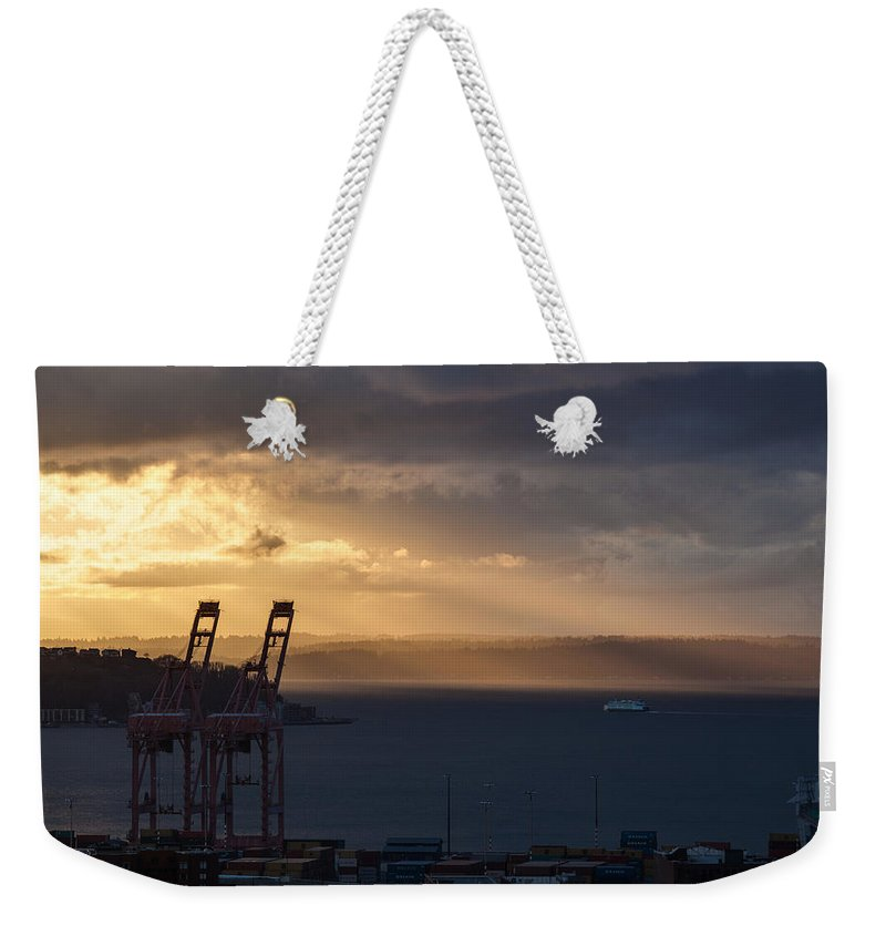 Seattle Weekender Tote Bag featuring the photograph Elliott Bay Sunrays by Mike Reid