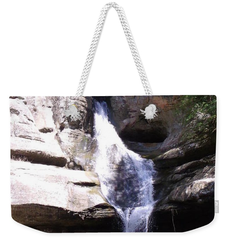 Hocking Hills Weekender Tote Bag featuring the photograph Falls In Hocking Hills by Wendy Gertz