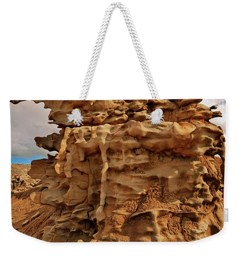 North America Weekender Tote Bag featuring the photograph Fantastic Hoodoo Fantasy Canyon Utah United States by Dave Welling