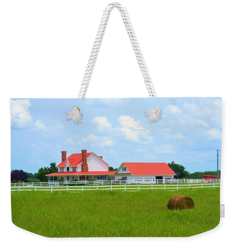 Farmhouse Weekender Tote Bag featuring the photograph Farmhouse by Tara Potts