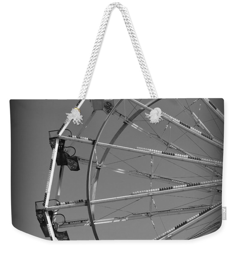 Ferris Wheel Weekender Tote Bag featuring the photograph Ferris Wheel IIi by Beth Vincent