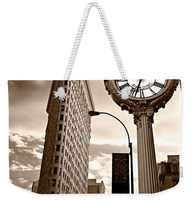 Angle Weekender Tote Bag featuring the photograph Fifth Avenue Building by Luciano Mortula