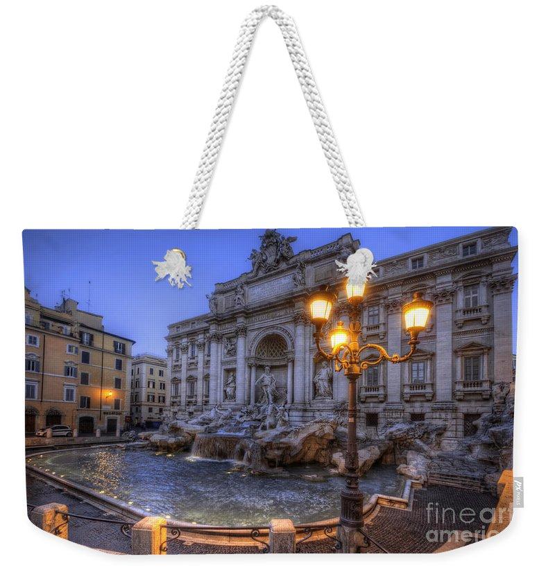 Yhun Suarez Weekender Tote Bag featuring the photograph Fontana Di Trevi 3.0 by Yhun Suarez