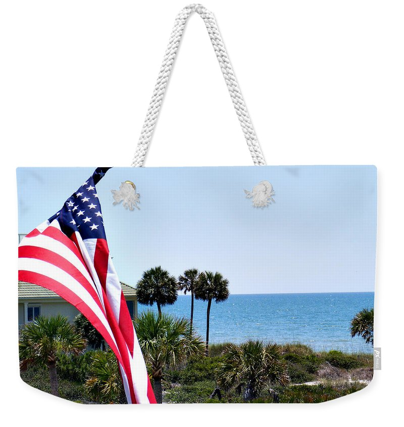 Beach Weekender Tote Bag featuring the photograph From Sea To Shining Sea by Sylvia Thornton