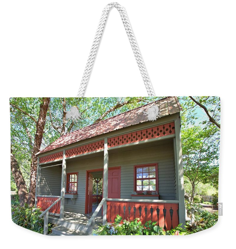 8288 Weekender Tote Bag featuring the photograph Garden Porch At Calloway Gardens by Gordon Elwell