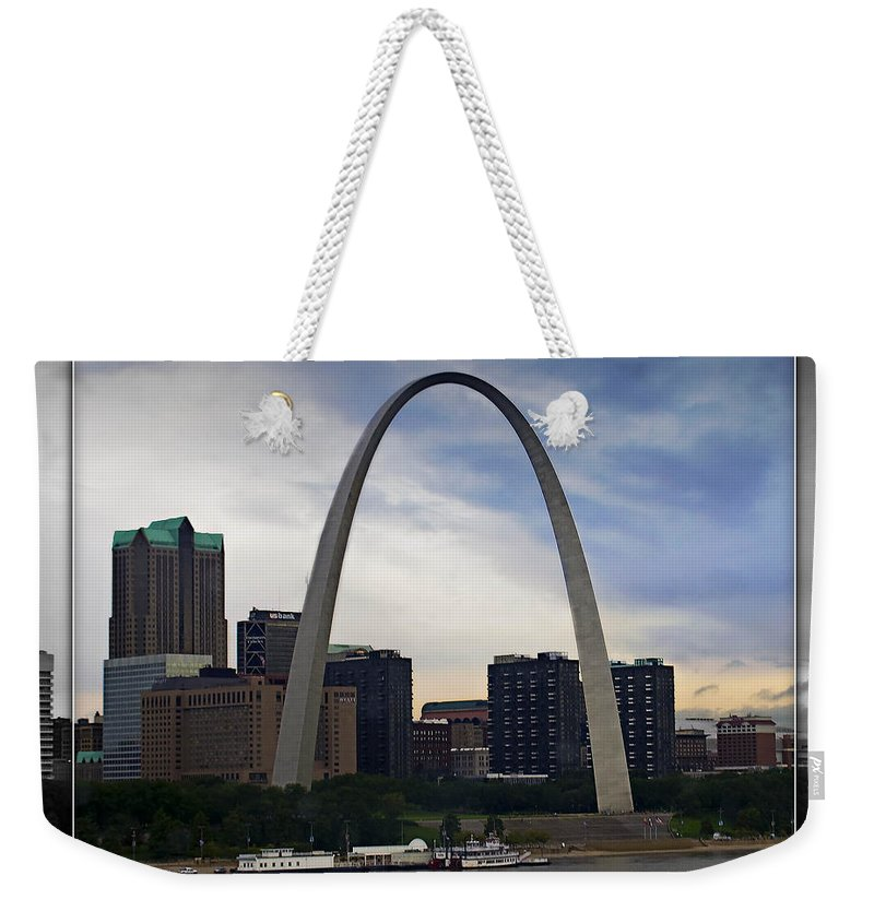 St. Louis Weekender Tote Bag featuring the photograph Gateway To The West by Walter Herrit