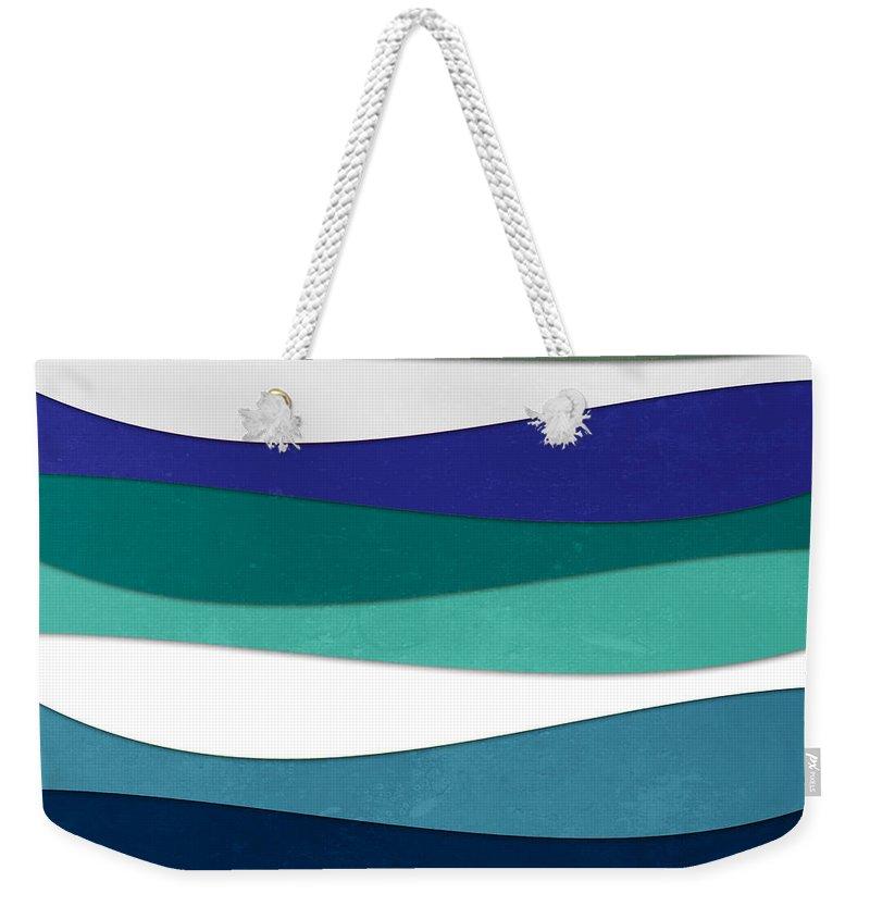 Contemporary Weekender Tote Bag featuring the digital art Geometric 16 by Mark Ashkenazi