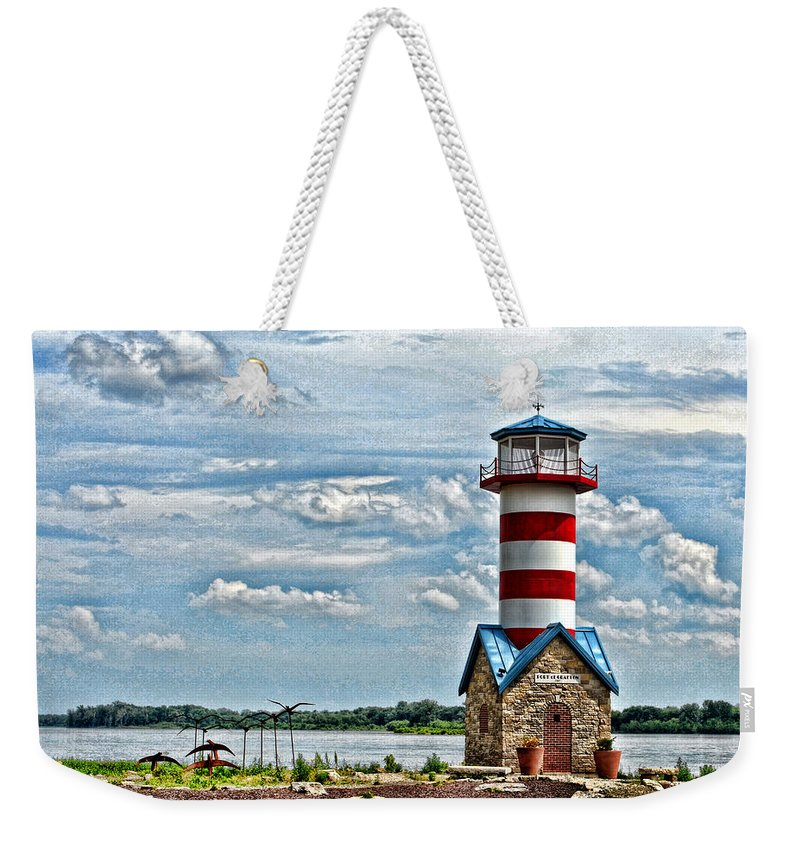 Rivers Weekender Tote Bag featuring the photograph Grafton Lighthouse by John Freidenberg