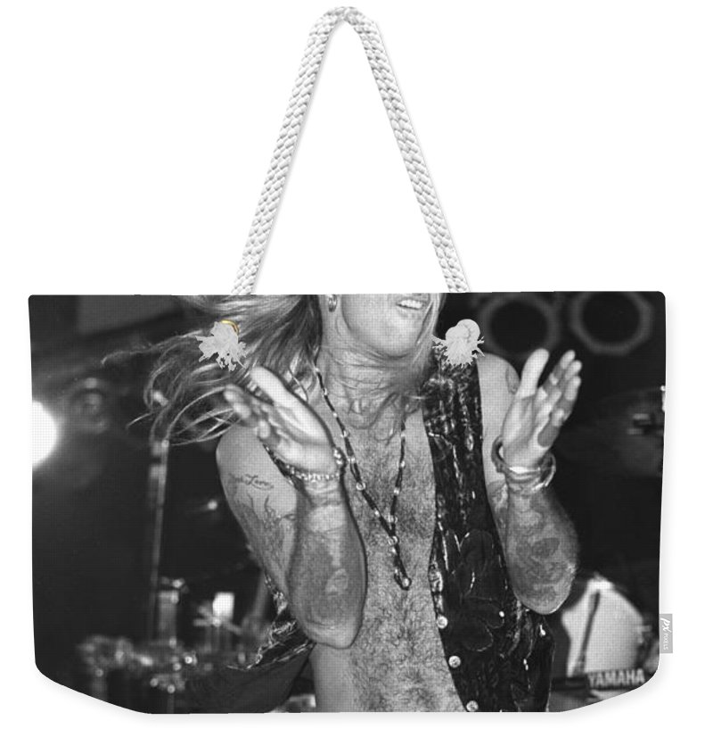 Singer Weekender Tote Bag featuring the photograph Great White by Concert Photos