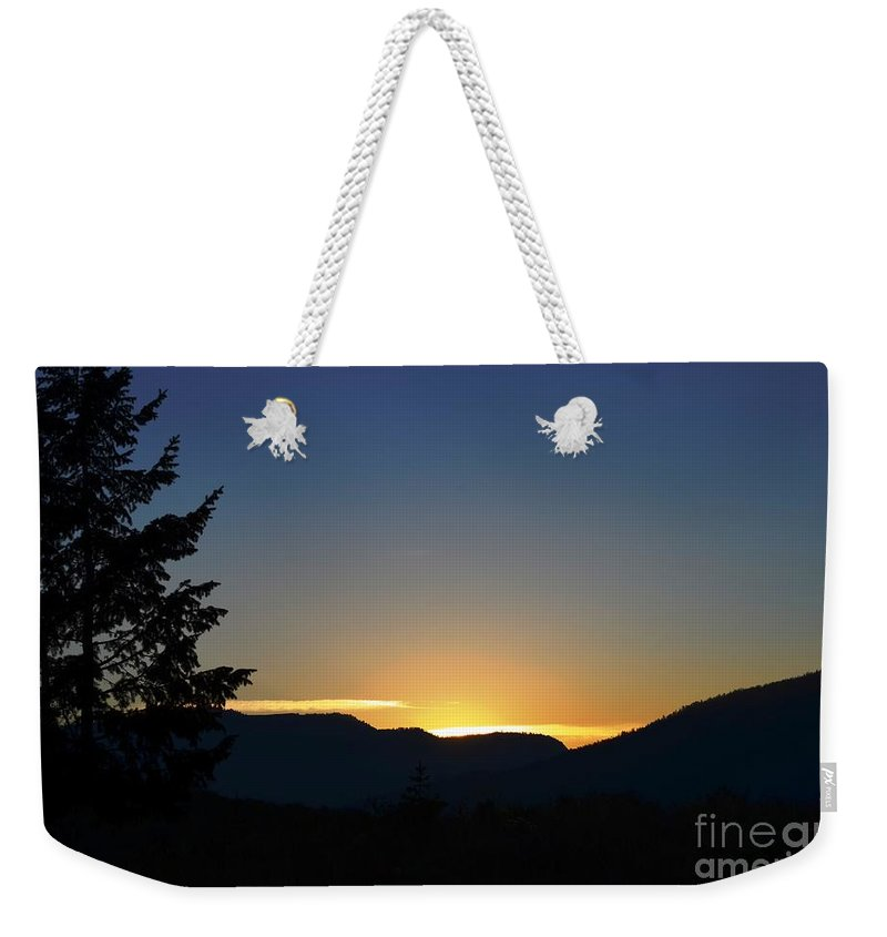 Sunrise Weekender Tote Bag featuring the photograph Gros Ventre Sunrise by Deanna Cagle