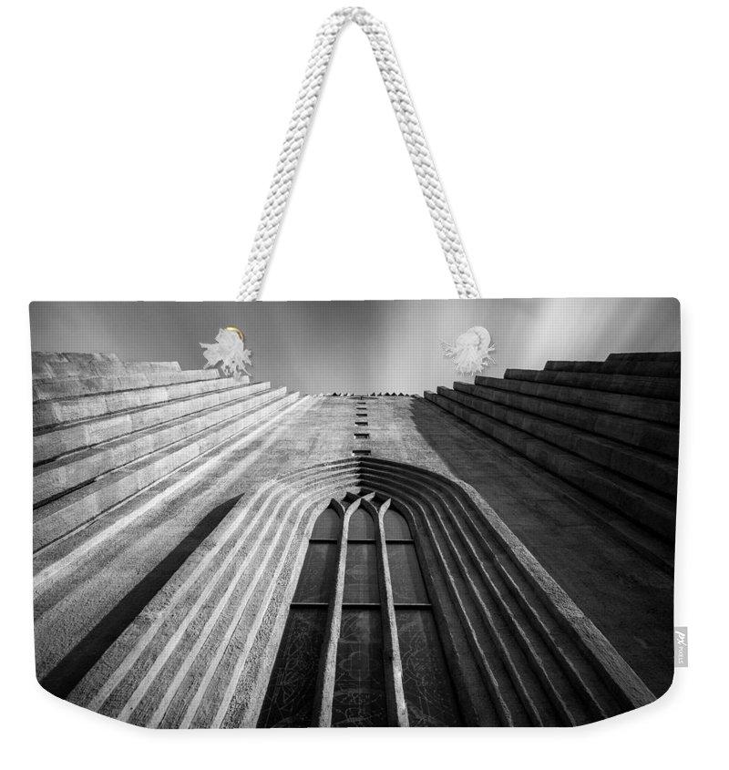 Hallgrimskirkj Weekender Tote Bag featuring the photograph Hallgrimskirkj 2 by Dave Bowman