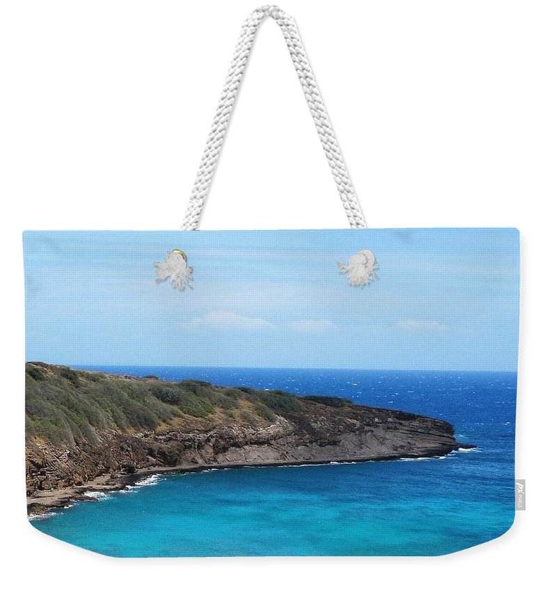 Oahu Weekender Tote Bag featuring the photograph Hanauma Bay by Mike Niday