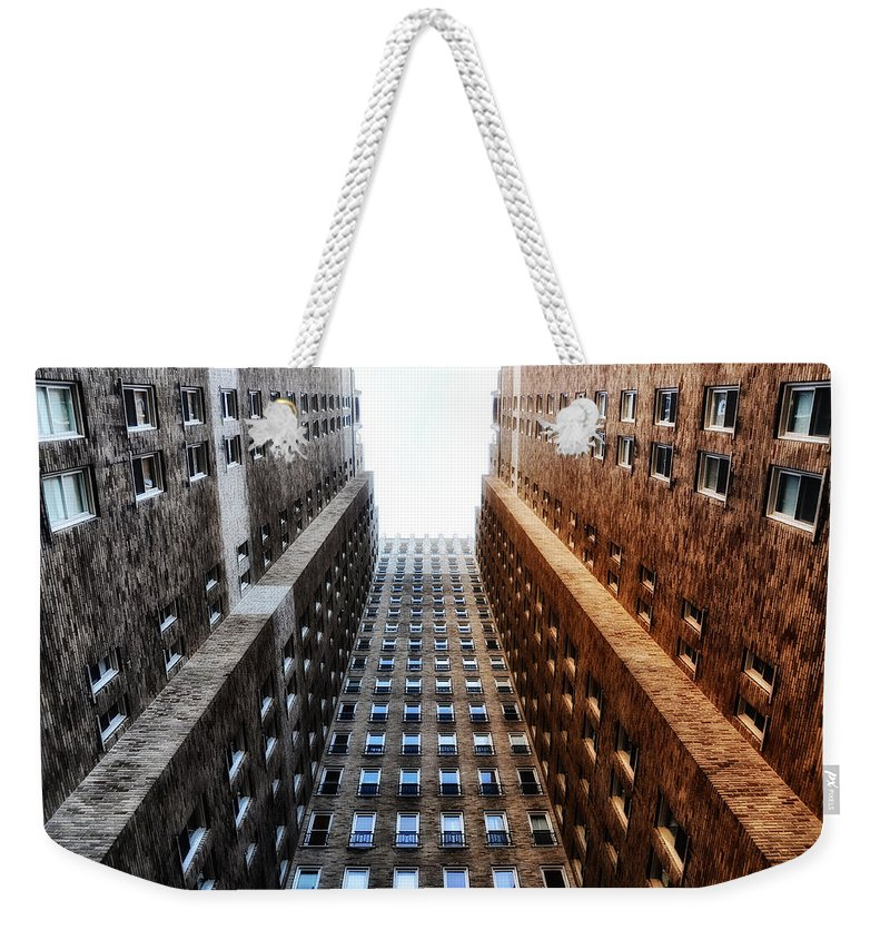 Highrise Weekender Tote Bag featuring the photograph Highrise At Rittenhouse Square by Bill Cannon