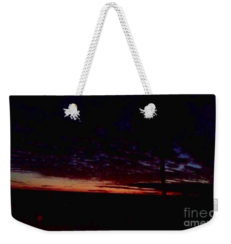 Paradise Weekender Tote Bag featuring the photograph Hint Of Dawn by Melissa Darnell Glowacki