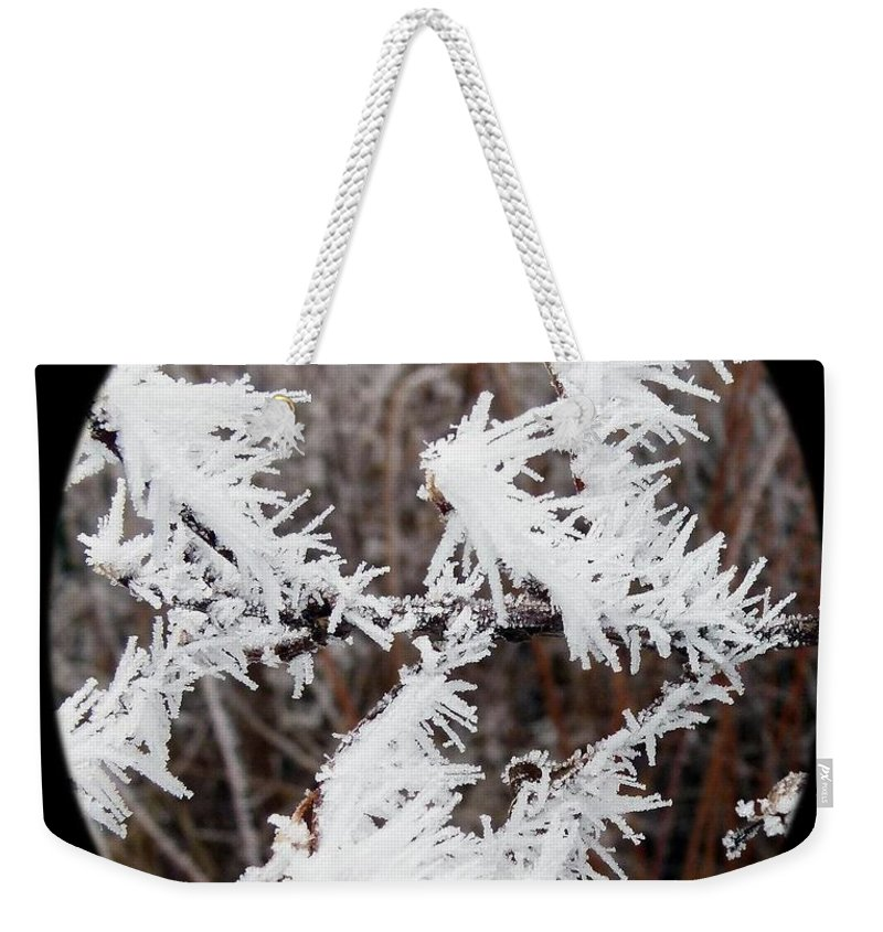 Hoarfrost 15 Weekender Tote Bag featuring the photograph Hoarfrost 15 by Will Borden