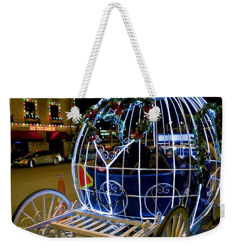 Horse And Carriage Weekender Tote Bag featuring the photograph Horse Drawn Carriage by Sennie Pierson