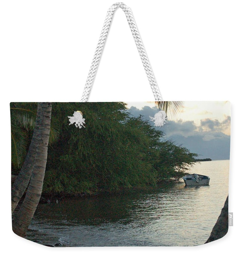 Sand Weekender Tote Bag featuring the photograph Hotel Molokai Beach by Terry Holliday