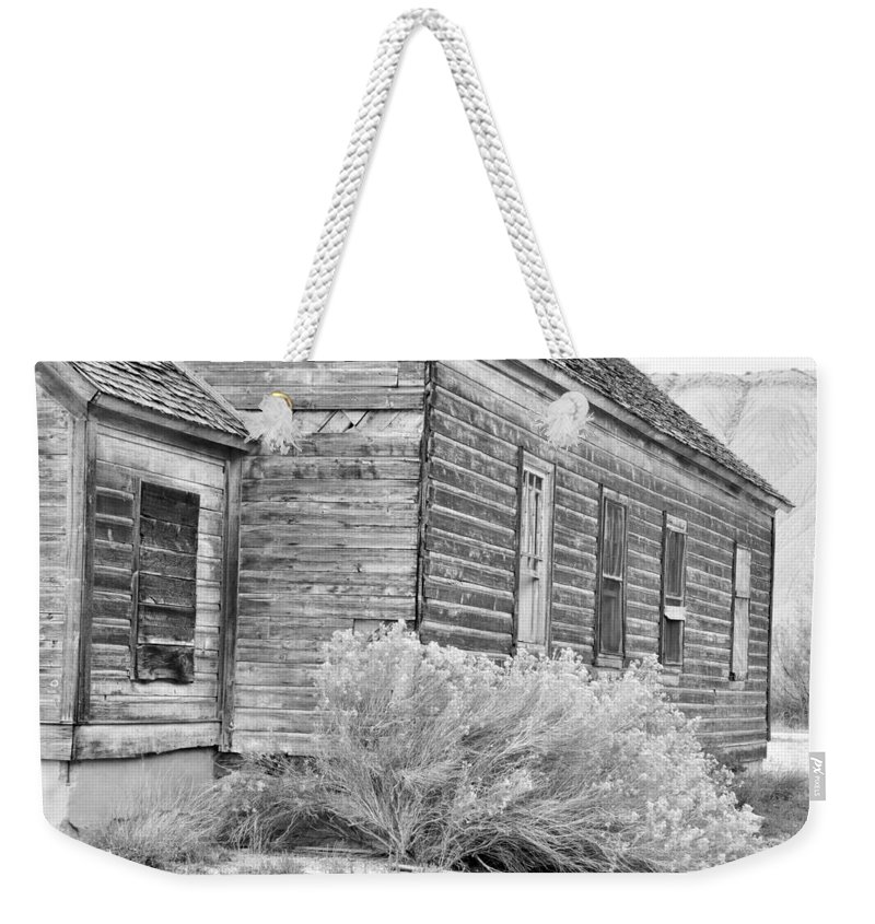 Canvas Prints Weekender Tote Bag featuring the photograph If Walls Could Talk by Wendy Elliott