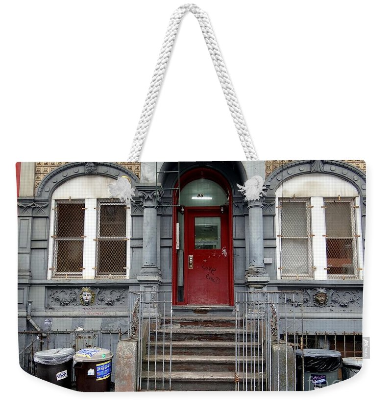 New York City Weekender Tote Bag featuring the photograph Im Just Waiting On A Friend by Ed Weidman