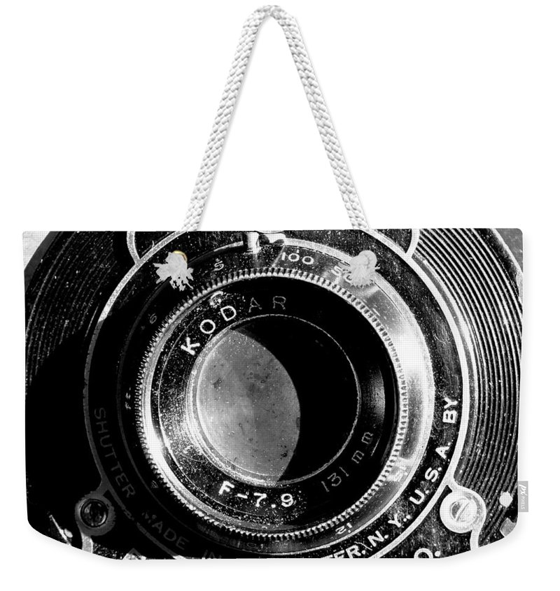 Camera Lens Rochester Aperture Vintage Black & White Film Photography Eastman Kodak Folding Brownie Weekender Tote Bag featuring the photograph Kodak Brownie 2 by Guy Pettingell