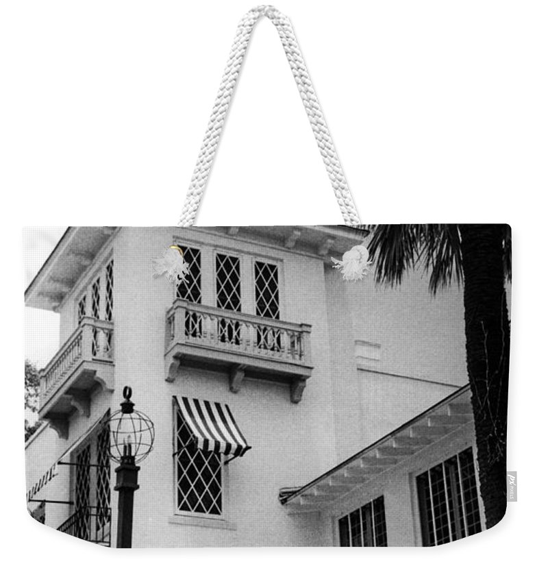 Art Museums Weekender Tote Bag featuring the photograph Laguna Gloria Art Museum I I by Jim Smith