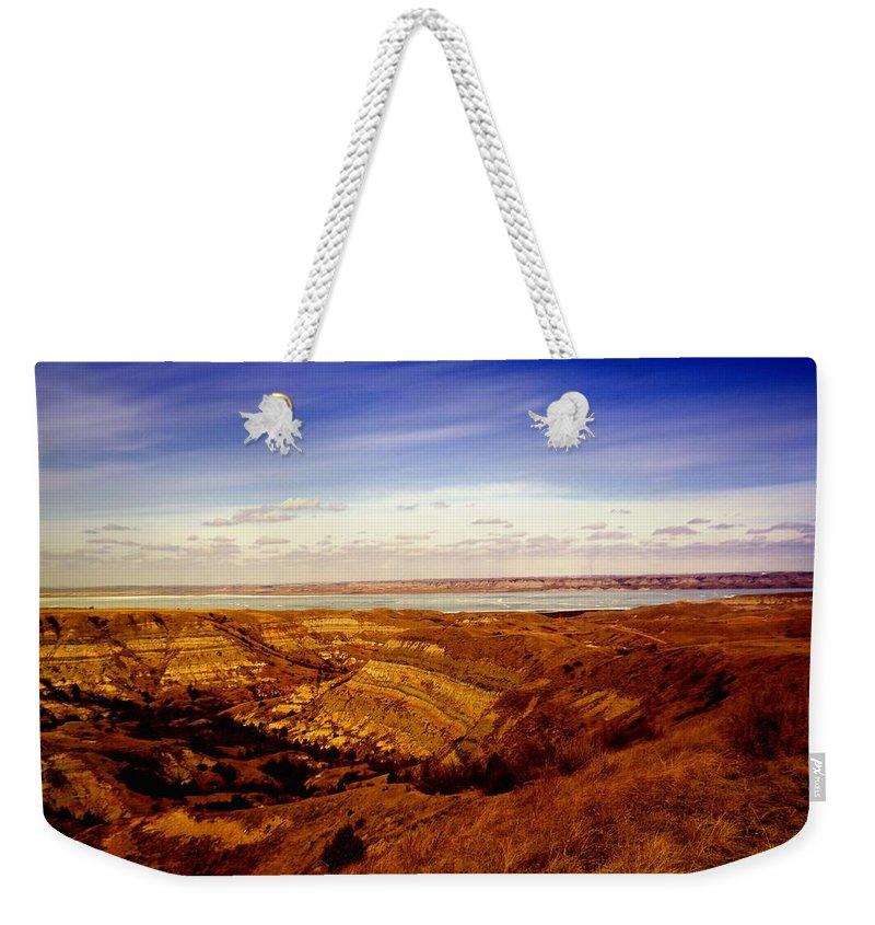 Water Weekender Tote Bag featuring the photograph Lake Sakakawea North Dakota by Jeff Swan