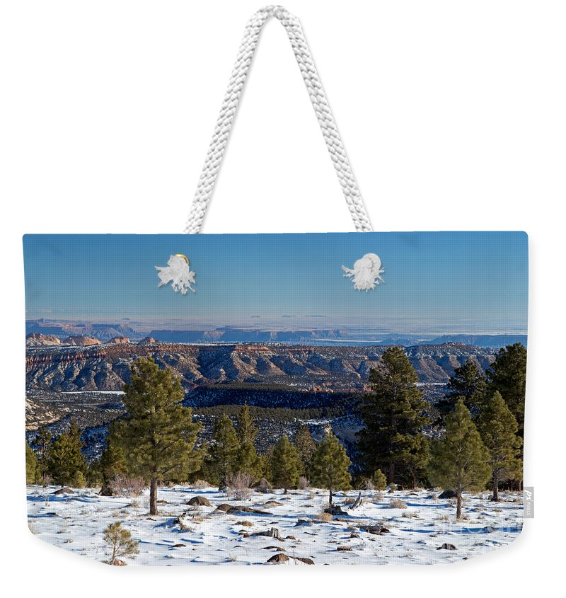 Dixie Nf Weekender Tote Bag featuring the photograph Larb Hollow Overlook by Fred Stearns