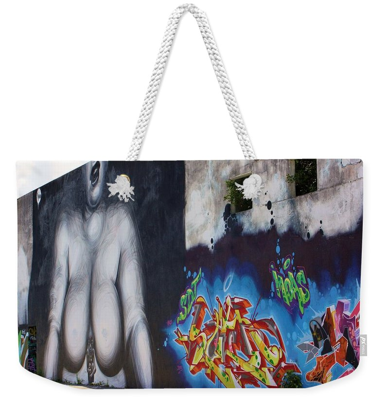 Eyes Weekender Tote Bag featuring the photograph Large by Chuck Hicks