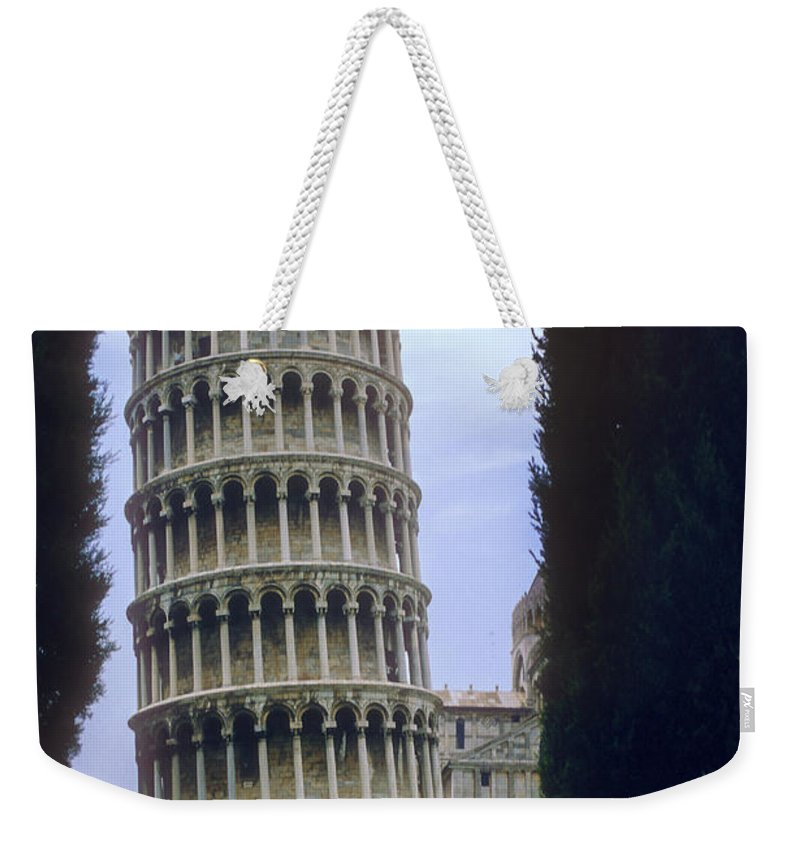 Leaning Tower Of Pisa Towers Building Buildings Structure Structures Architecture City Cities Cityscape Cityscapes Italy Landmark Landmarks Weekender Tote Bag featuring the photograph Leaning Tower Of Pisa by Bob Phillips