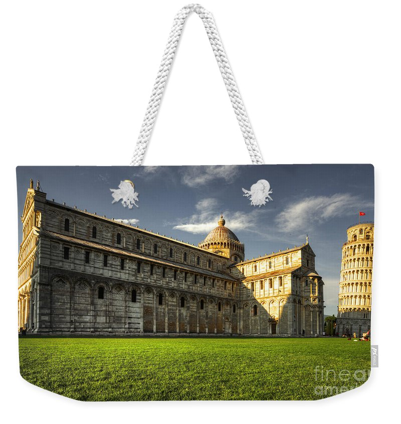 Pisa Weekender Tote Bag featuring the photograph Leaning Tower Of Pisa by Rob Hawkins