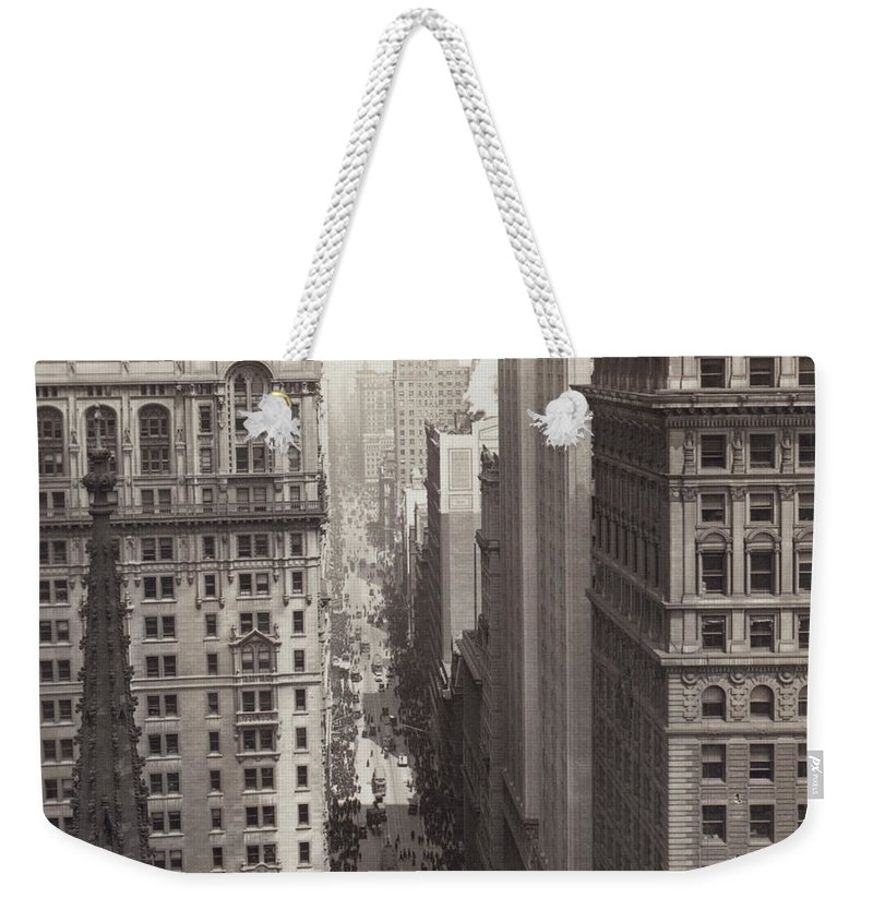 1917 Weekender Tote Bag featuring the photograph Looking Up Broadway In Nyc by Underwood Archives