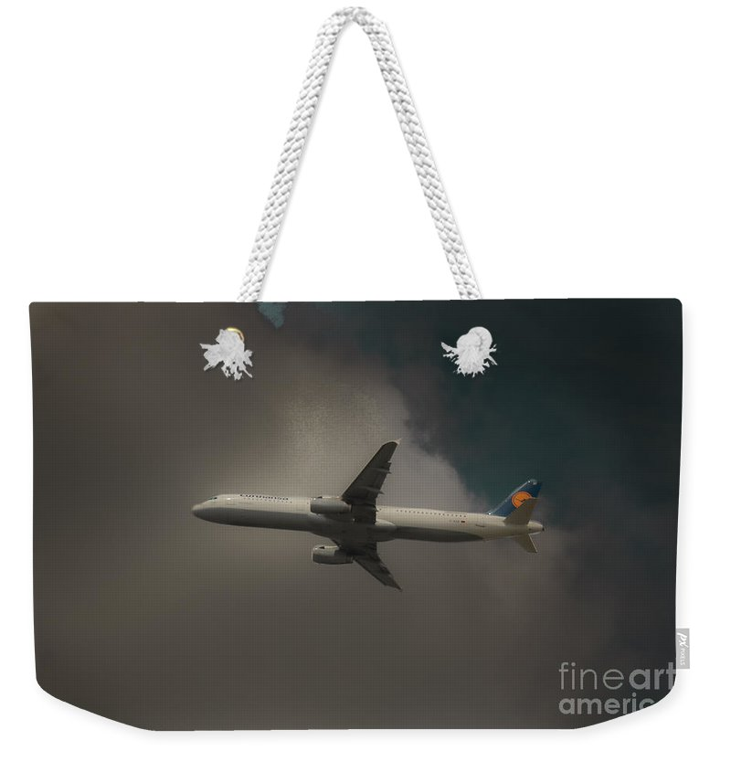 Lufthansa Airlines Weekender Tote Bag featuring the photograph Lufthansa A320 Airbus by Rene Triay Photography
