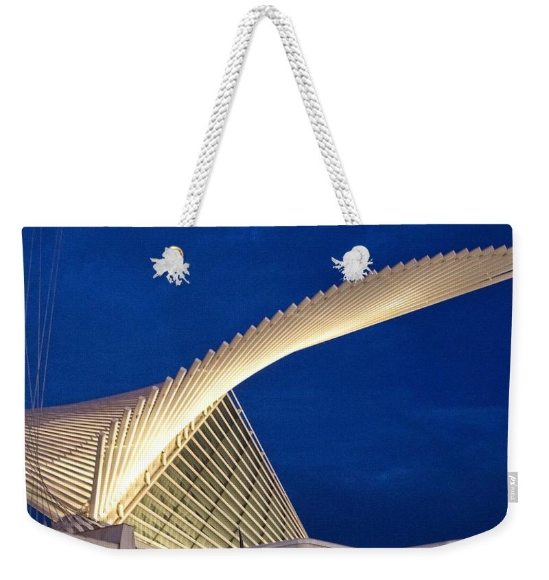 Wing Weekender Tote Bag featuring the photograph Mam Wings by Daniel Sheldon