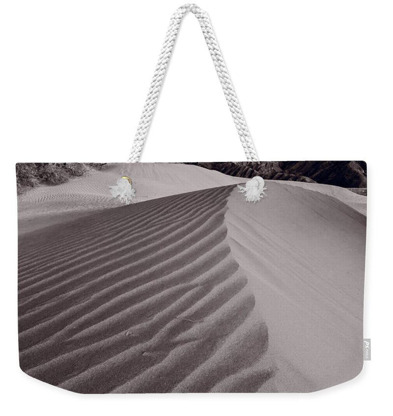 Death Weekender Tote Bag featuring the photograph Mesquite Dunes Death Valley B W by Steve Gadomski