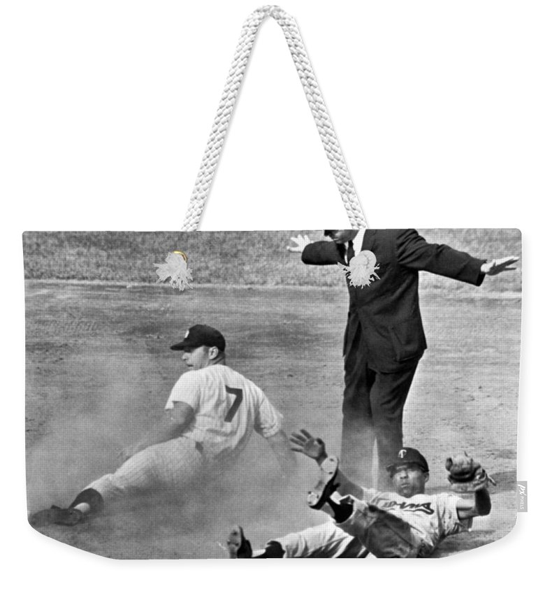 1961 Weekender Tote Bag featuring the photograph Mickey Mantle Steals Second by Underwood Archives