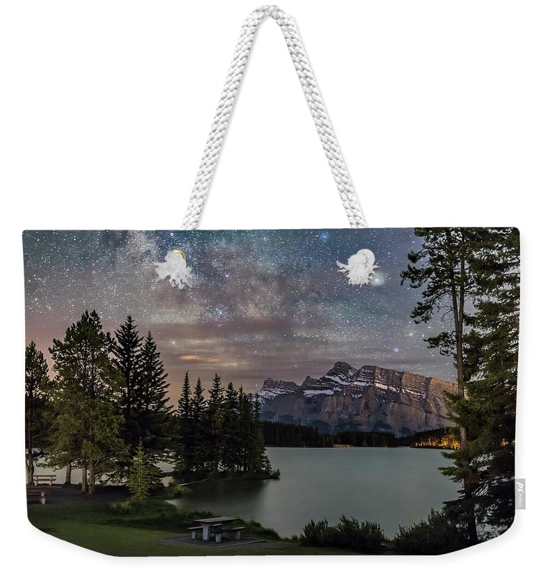 Alberta Weekender Tote Bag featuring the photograph Milky Way Over Mt Rundle by Alan Dyer