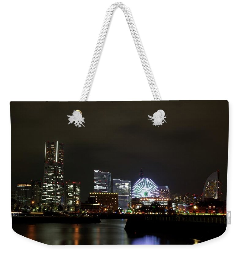 Tranquility Weekender Tote Bag featuring the photograph Minato-mirai by Takuya.skd