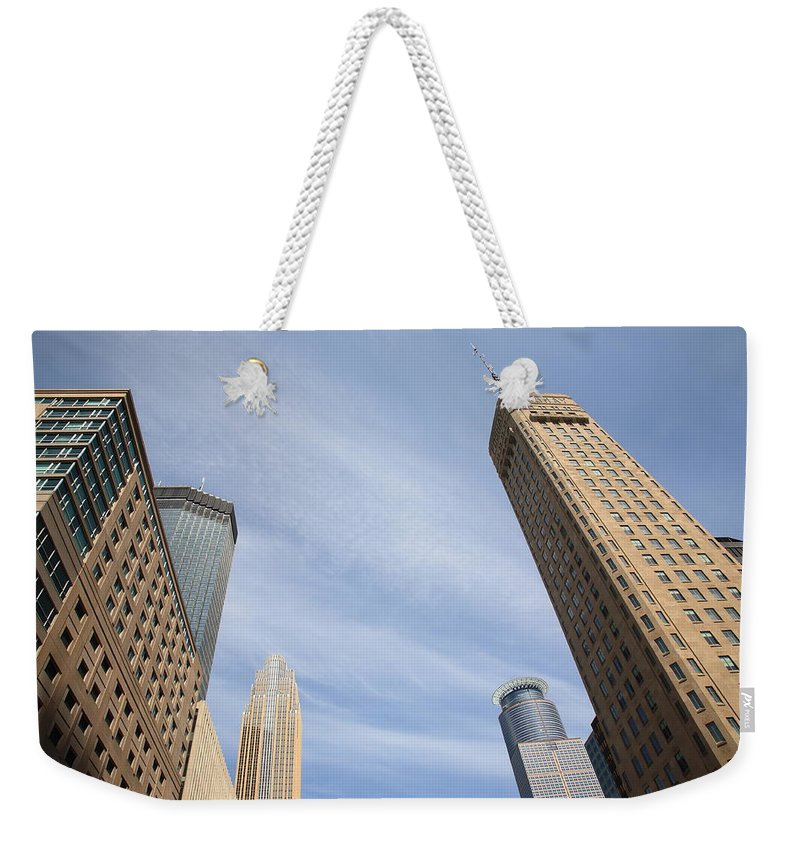 America Weekender Tote Bag featuring the photograph Minneapolis Skyline by Frank Romeo