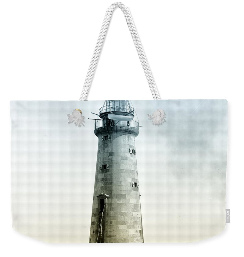 Minots Weekender Tote Bag featuring the photograph Minots Ledge Lighthouse by Bill Cannon