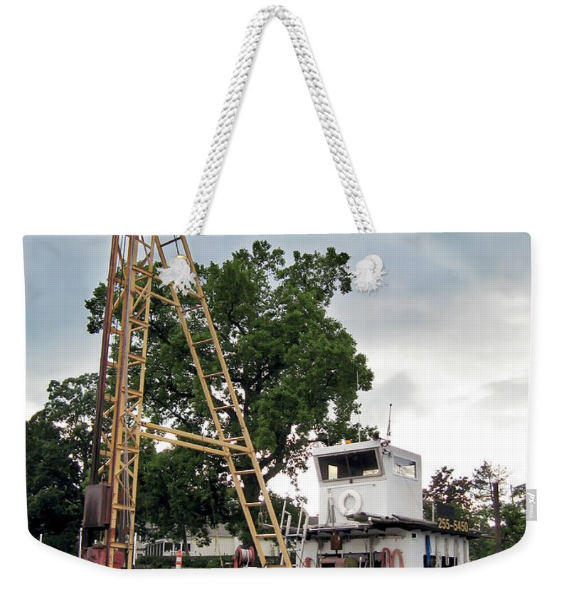 2d Weekender Tote Bag featuring the photograph Mobile Osprey Nest by Brian Wallace