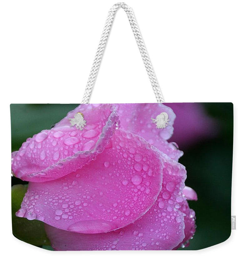 Flower Weekender Tote Bag featuring the photograph Moisturized by Susan Herber