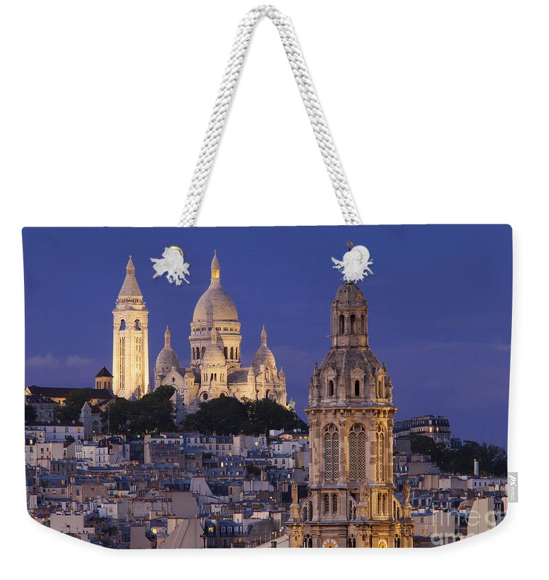 Architectural Weekender Tote Bag featuring the photograph Montmartre Twilight by Brian Jannsen
