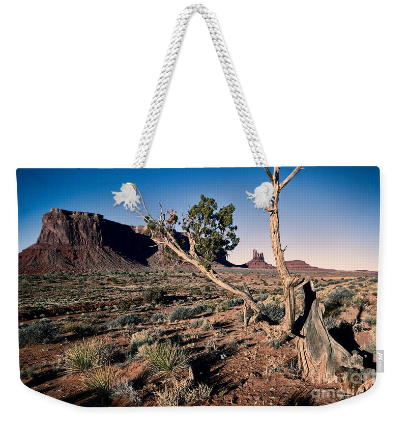 Monument Valley Weekender Tote Bag featuring the photograph Monument Valley -utah V6 by Douglas Barnard