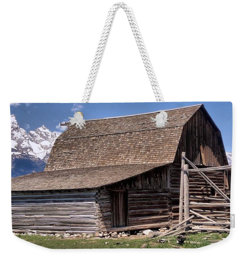 Mountain Living Weekender Tote Bag featuring the photograph Mountain Living by Dan Sproul