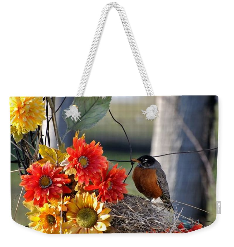 Idaho Weekender Tote Bag featuring the photograph My Beautiful Nest by Image Takers Photography LLC - Carol Haddon