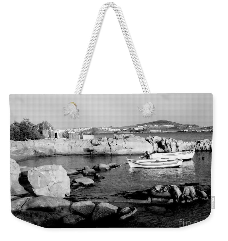 Grecia Weekender Tote Bag featuring the photograph My Greek Oasis by Donato Iannuzzi
