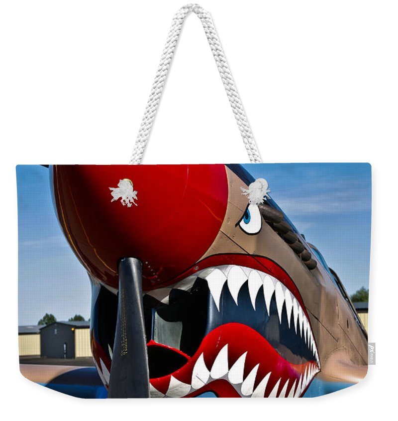 Vertical Weekender Tote Bag featuring the photograph Nose Art On A Curtiss P-40e Warhawk by Scott Germain