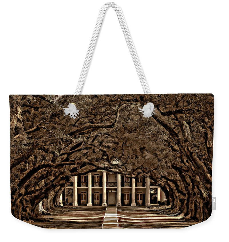 Oak Alley Plantation Weekender Tote Bag featuring the photograph Oak Alley Bw by Steve Harrington